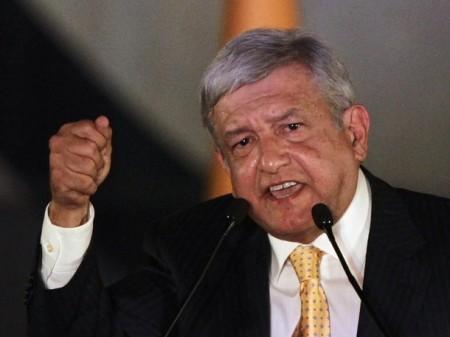 Lopez Obrador pacto con Peña Nieto para no atacarlo en debate a cambio de ser favorecido en las encuestas cercanas al PRI.